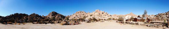 Desert_Queen_Ranch_-_Panorama